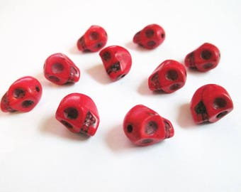 10 Red Skull 9x7.5x9mm synthetic turquoise beads