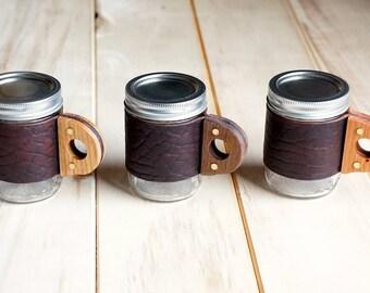 The Sprig Mug - Ol'Red Folklore Bison Mason Jar Mug with Wooden Handle