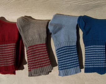 knit thin warm wool durable seamless socks with striped ankle part