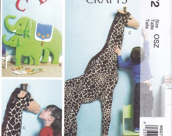 "FREE US SHIP McCall's 6672 Craft Sewing Pattern Giant 71""  3d Giraffe Wall decoration 38"" Momma Elephant & Baby New Uncut Factory Folded"