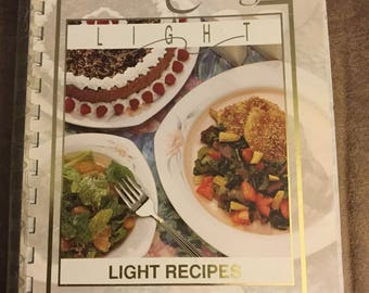Company's Coming Light Recipes by Jean Pare/7th Printing 1995