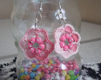 Crocheted cotton lace and beads earrings
