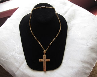 Antique Victorian 15 kt. Gold Necklace and Cross          C.1860