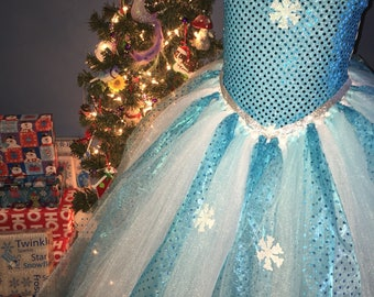 Elsa tutu dress, Frozen tutu dress, Winter snowflake Tutu Dress, ice turquoise snowflake costume Perfect for dress up or photos! #FRZ6723