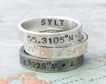 925 Silberring Koordinaten,  handgestempelt mit Koordinaten, Text, Bandring personalisiert, mit Schrift, Koordinaten