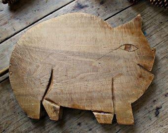 Primitive Pig Cutting Board Bread Board