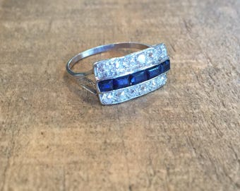 Antique Sapphire Diamond Platinum Ring