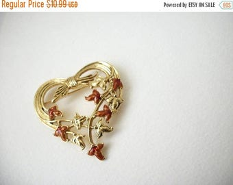 ON SALE Vintage 1950s Gold Tone Over Sized Enameled Heart Pin 51017