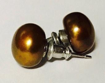 vintage brown freshwater pearl earrings post back large pearls