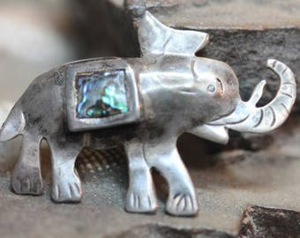Old Vintage Mexico Sterling Silver Elephant Trunk Up Shell Brooch Pin