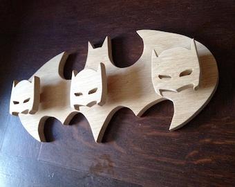 Coat decorating superhero Batman scalloped wood with hanger