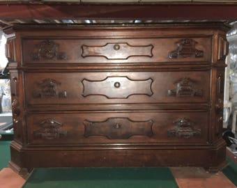Antique Eastlake Living Room Chest - Sideboard Buffet Furniture