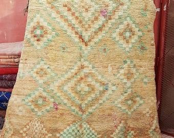 Vintage carpet boujaad