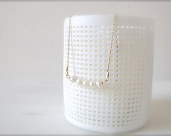 String of pearls I Bridal jewelry I gold