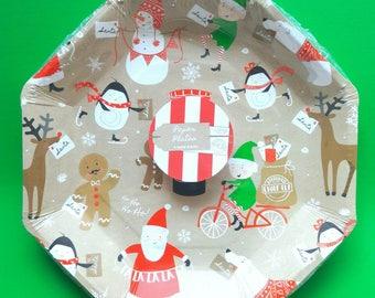 Christmas Party Decorations. Christmas Party. Christmas Plates. Christmas Tableware. Ginger Ray. Christmas Decor. Santa Claus.
