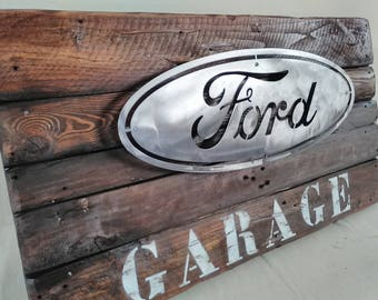 Sign vintage wood & iron Ford