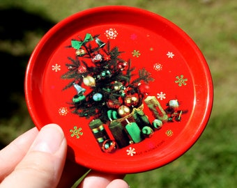 70's, Christmas, Vintage, Retro, Metal, Red, Plate, Tin, Holiday, Christmas Tree, Presents, Decorative, Decor, Set, Eight, Mini