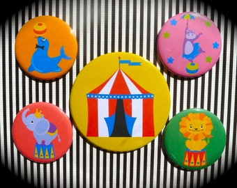 Set of 5 magnets 'Circus'