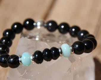 tourmaline on elastic bracelet