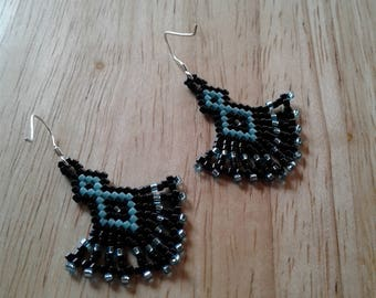 Beaded earrings, seed beaded earrings