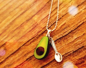 Avocado necklace with spoon