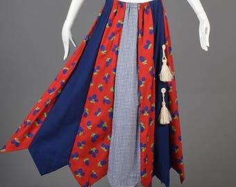 SALE Medium 1970s Maxi Skirt 70s Hippie Skirt Boho Maxi Skirt Red Blue Novelty Strawberries Full Length Zig Zag Hem Panel Skirt Woman Vintag