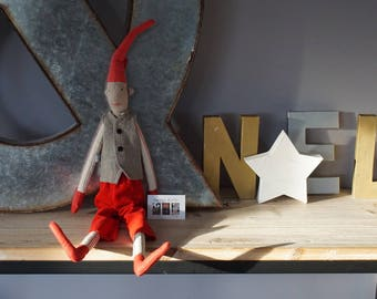 Big boy, linen and cotton, red and beige, Pixie dressed