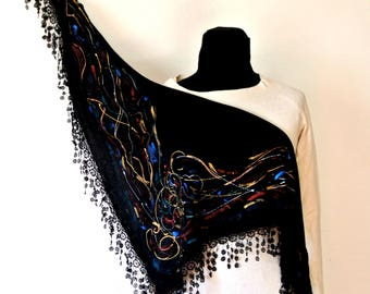 Scarf in wool blend, black, with colored spirals, for those who want an original small foulard and warm. Hand painted. Gift for mom