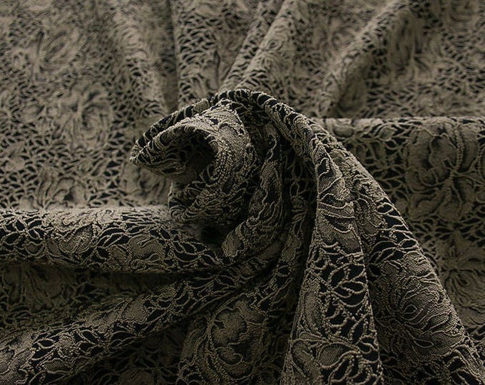 990091-010 JACQUARD-Pl 86, Pa 12, Ea 2%, width 150 cm, made in Italy, dry cleaning, weight 368 gr, Elastico
