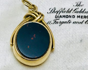 Superb antique 9ct gold Bloodstone & Carnelian spinning fob pendant