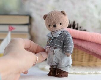 Teddy Bear Tommy Toy Stuffed Animal 5.9 inches teddy bear artist