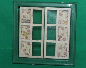 Vintage Dolls House Triang Opening Window Green Frame 10cm x 10cm #4