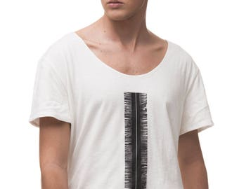 Men's Oversized Elongated Printed Tunic T Shirt with Wide Scoop Neck / Minimal Tee