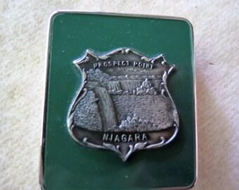 Vintage Enamel Powder Compact - Niagara Falls Souvenir Compact