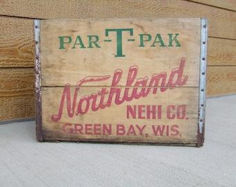 "Vintage ""Par-T-Pak Northland"" wooden crate"