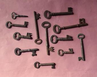 12 Beautiful Rusty Edwardian 1930's keys Wardrobes Cupboards Display Boxes male key