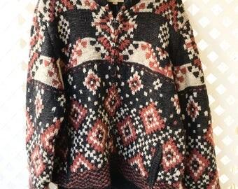 Stylish Zipped Wool Sweater Jacket Man Size Large .