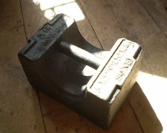 Victorian,1860 Cast Iron 56 Pound weight produced by A Kenrick & son England,Door Stopper,Weight lifting,Industrial