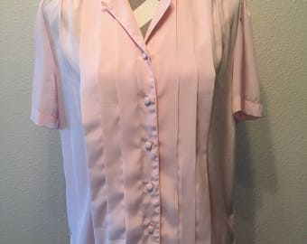 Vintage 80's/90's pink short sleeved pleated blouse