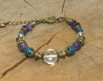Gemstones and semi precious Bracelet: Amethyst, apatite and rock crystal.