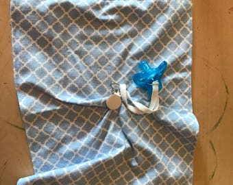 Lovey Blanket with Pacifier Clip