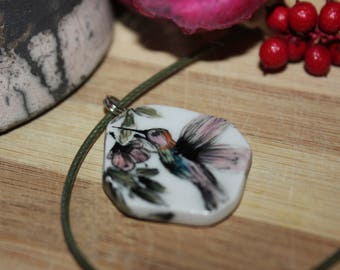 Humming Birds and Flower Pattern, Ceramic Neclakce
