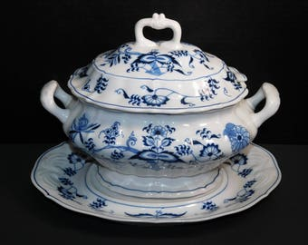 Blue Danube Soup Tureen With Underplate Old Backstamp