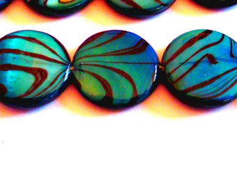 set of 12 Zebra shell 10 mm blue flat beads