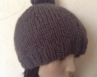 Brown hat with Pompom