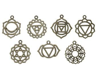 7 Chakra pendants / bronze color flower 3cm / Zen