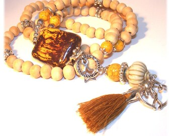 Unique designer necklace [Mustard]