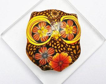 Brooch owl brown orange in polymer clay