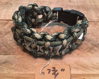 Paracord bracelet with hex nuts