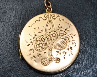 1920 15ct ROSE GOLD Double Sided Engraved LOCKET Pendant - Basket of Flowers & Swallows